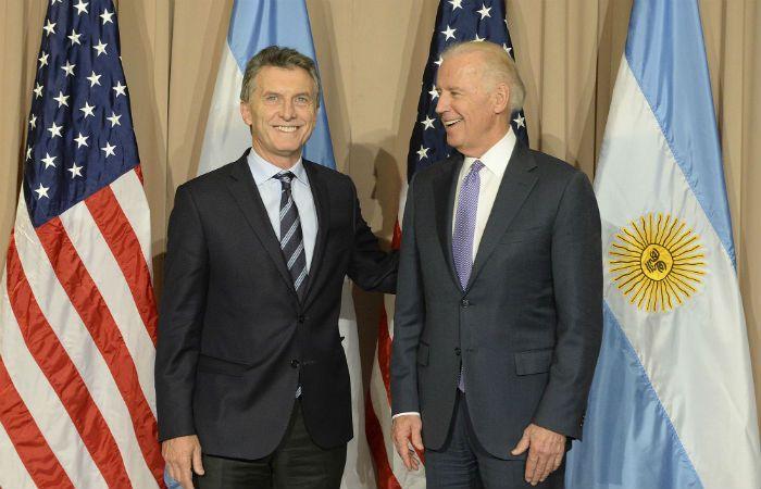 La frutilla del postre. El presidente Macri mantuvo un breve encuentro con el vicepresidente de Estados Unidos