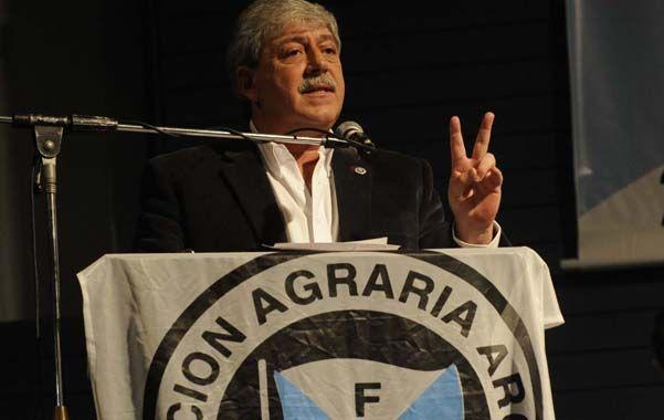 Reelección. Eduardo Buzzi abrió el congreso de la Federación Agraria.
