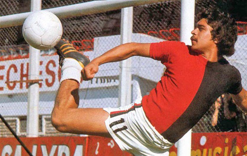 Crack. Santamaría salió campeón en el 74 y fue el jugador leproso que más goles le marcó a Central.