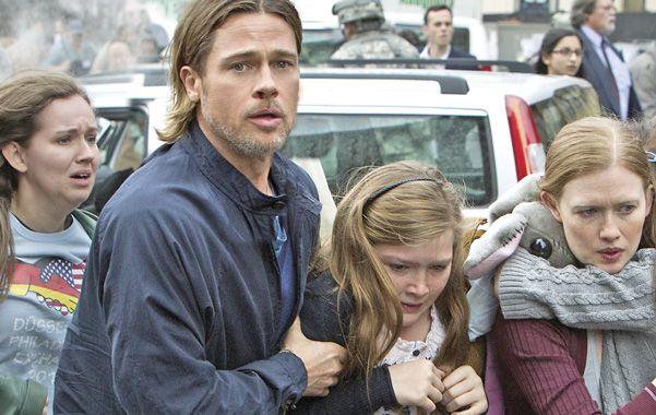 El actor Brad Pitt protagoniza y produce el filme inspirado en una novela de ciencia ficción sobre una invasión de zombies.