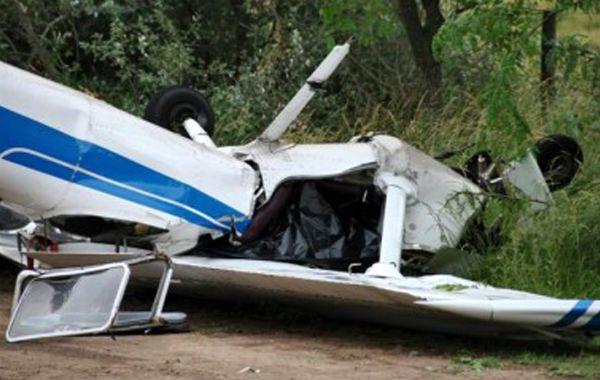 En el interior de la avioneta que había desaparecido el jueves pasado se hallaron dos cadáveres.