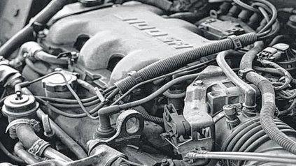 ¿Por qué es importante hacer el cambio de aceite y filtro de tu auto?