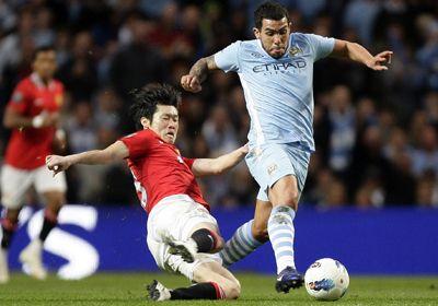 El City venció al United y es líder del fútbol inglés
