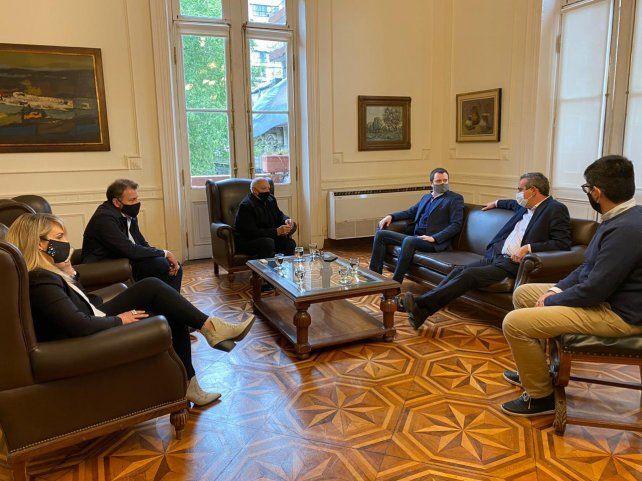 Javkin sigue la ronda de consultas para el rediseño del transporte