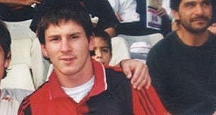 Lio Messi vuelve a jugar en la cancha de Newells