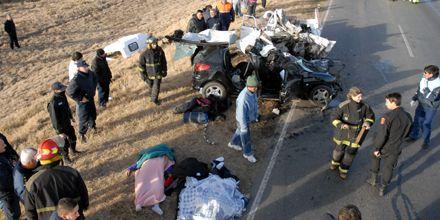 Accidente fatal en la AO12: al menos cinco muertos en choque frontal