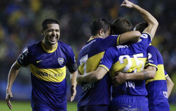 El contrato de Riquelme llevó a la renuncia del tesorero del club Jorge Sánchez Córdova.