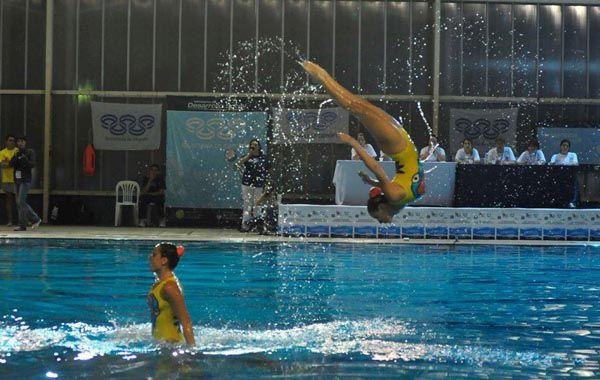 En acción. Las olímpicas Etel y Sofía Sánchez fueron la gran atracción del certamen.