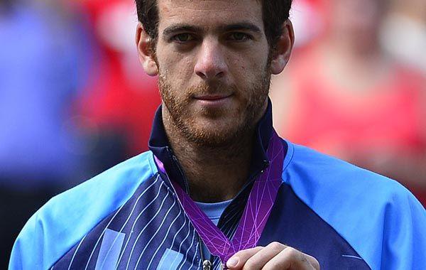 Con la medalla. Del Potro se repuso de la dura caída ante Federer.