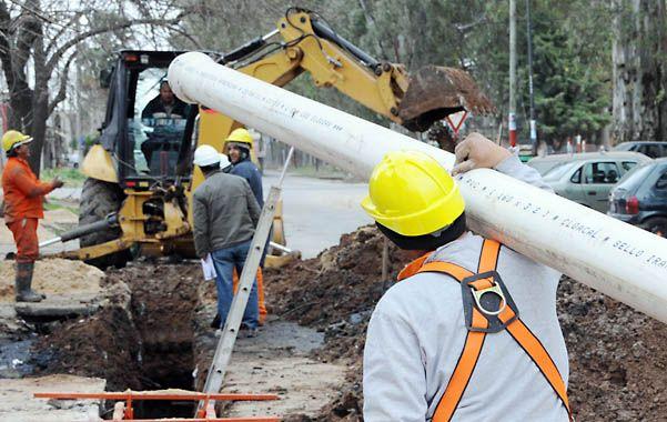 Saneamiento. El municipio está realizando diversas obras cloacales en nueve barrios de la ciudad.
