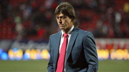 El ex futbolista Matías Almeyda quiso comprar vacunas para Azul, su ciudad natal, pero la iniciativa se frustró.