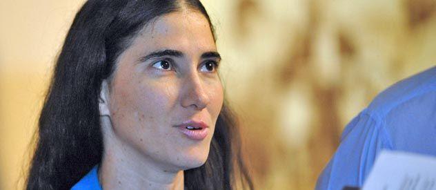 La reconocida bloguera anticastrista fue impedida de presenciar el juicio a Angel Carromero por la muerte del opositor Payá.