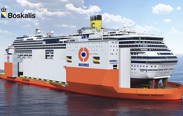 Coloso. Imagen de computadora que muestra al holandés Dochwise Vanguard cargando al Costa Concordia.