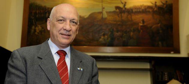 El gobernador Antonio Bonfatti insistió con que se debe actualizar el régimen de coparticipación federal.