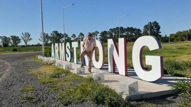 El profesor Vigna volvió a vivir en Armstrong