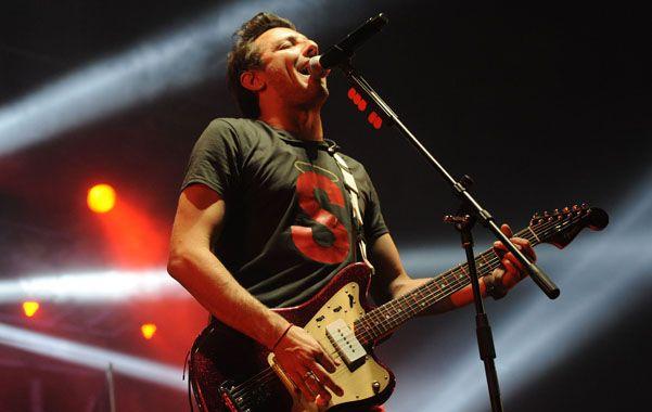 """Voz líder. Emiliano Brancciari cantó hits como """"Religión pagana"""" y """"Al vacío""""."""