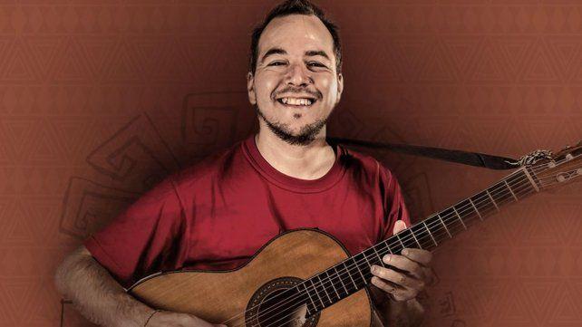 """BRUNO ARIAS. """"Tengo como referentes artísticos a los grandes de la música latinoamericana y popular""""."""