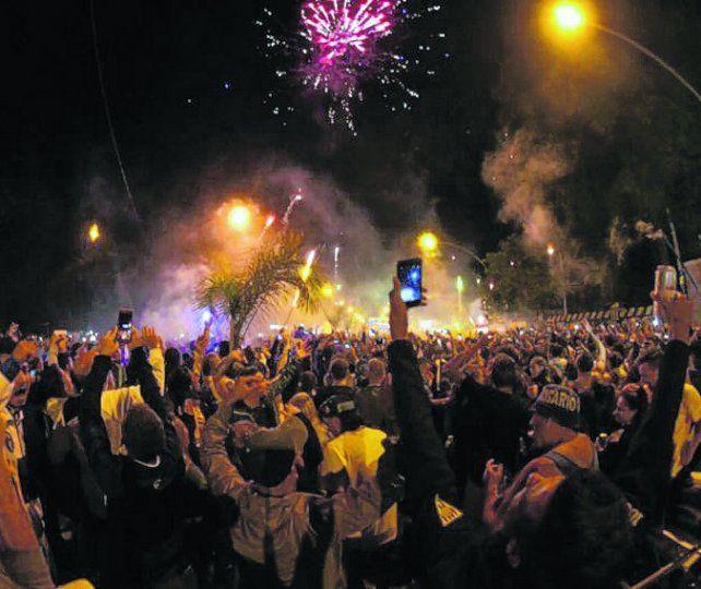 Festejos en azul y amarillo