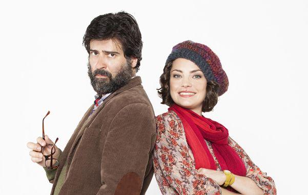 Mucho más que dos. Dolores Fonzi y Rafael Spregelburd interpretan a una pareja atípica que se topa con situaciones obvias de comedias románticas.