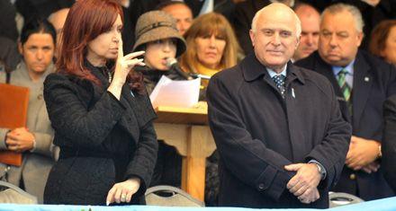 Lifschitz reclamará a la presidenta que LAN siga volando desde Rosario