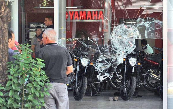 Motor dos. El local de Sarmiento y 9 de Julio fue asaltado a la madrugada. (foto: Alfredo Celoria)