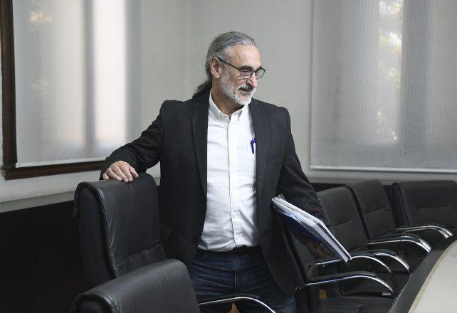 Luis Basterra. La iniciativa firmada por el ministro de Agricultura es blanco de objeciones.