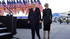 Donald Trup abandonó este miércoles por la mañana junto a la primera dama Melania Trump la Casa Blanca.