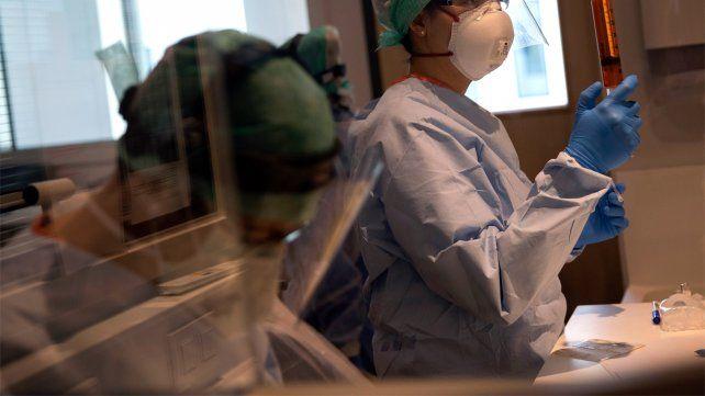Una enfermera de un efector privado se conviortió en el primer caso de reinfección por coronavirus en la ciudad.