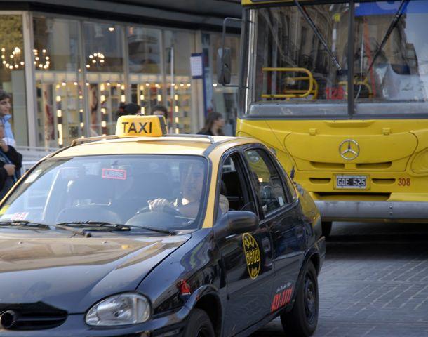 Dos taxistas