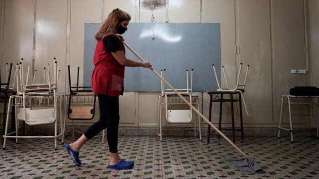 Las clases presenciales quedan suspendidas en tres departamentos y tres localidades