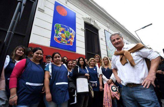 Jorge Guadagnoli junto a sus alumnas