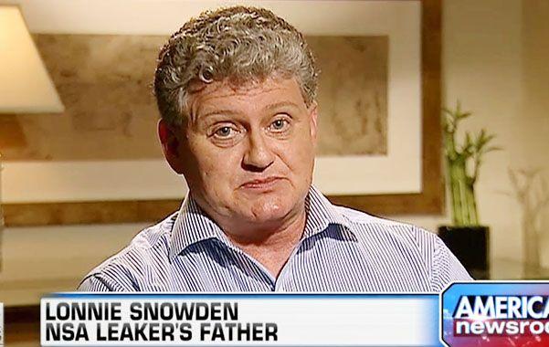 Negociación. Lonnie Snowden teme que su hijo prófugo esté siendo manipulado por WikiLeaks.