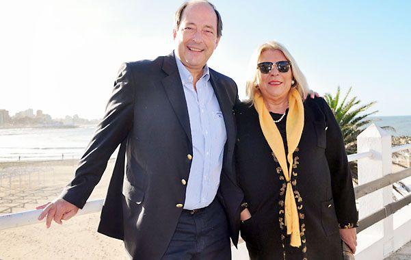 Buena onda. Sanz y Lilita se mostraron juntos en Mar del Plata.