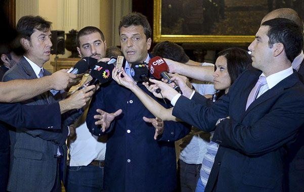 Respaldo. Massa confirmó que sus diputados votarán hoy a favor de derogar las leyes cerrojo y de pago soberano.