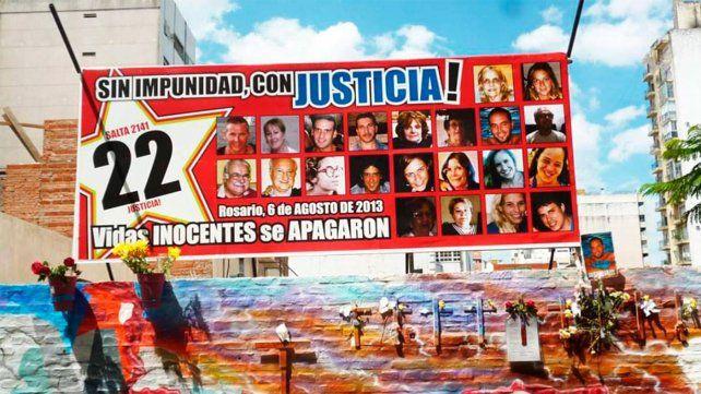Rosario recuerda hoy a las víctimas de la tragedia de Salta 2141.