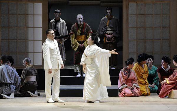 Cio-Cio-San en acción. La estupenda soprano de origen japonés Eiko Senda