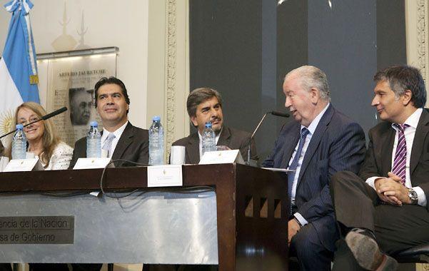 """Capitanich subrayó que """"en el Mundial 2014 el concepto de patria se agudiza""""."""