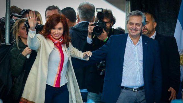 Alberto y Cristina invitaron a la ciudadanía al acto de traspaso de mando