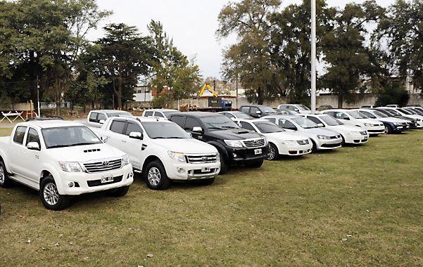 Secuestro. Los 21 vehículos que adquirió la banda por las extorsiones.