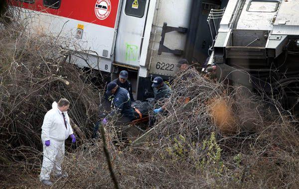 Tragedia ferroviaria. Los siete vagones salieron de las vías a 30 metros de la estación Spuyten Duyvil