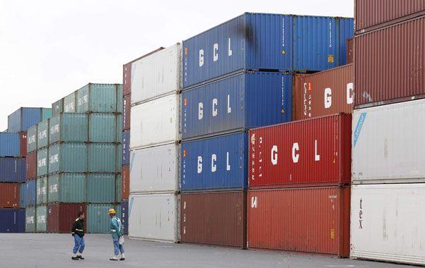 La exportación de manufacturas de origen industrial cayó 27%.
