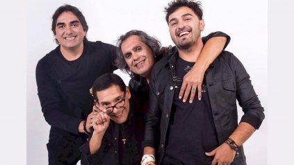 Kike Teruel, cantante de Los Nocheros, aseguró que no confía en las vacunas porque son experimentales.