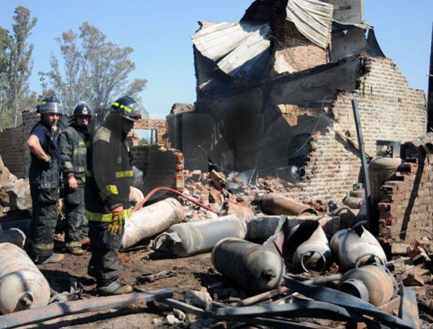 El depósito en el que se guardaban las garrafas resultó completamente destruido. (Foto: Diario Uno Santa Fe)