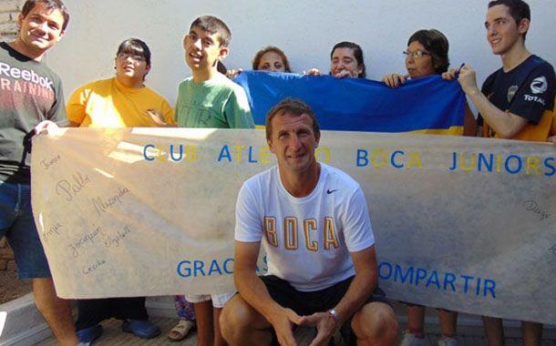 El Vasco Arruabarrena y dirigentes de Boca visitaron este sábado el Centro de Día Compartir