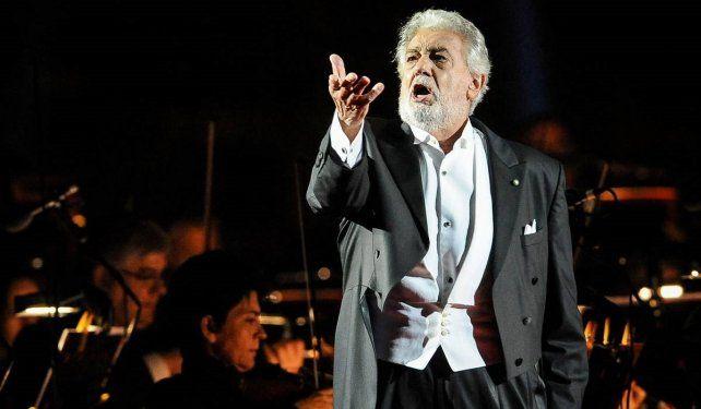 Plácido Domingo actuó en una gala a beneficio de la Cruz Roja.