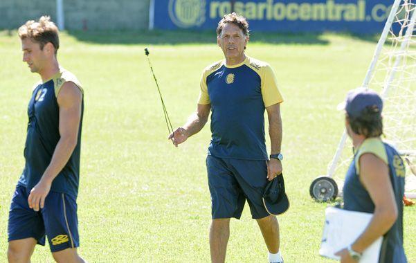 Con calma. El entrenador canalla admitió que con el final del torneo es lógico que las presiones vayan en aumento.