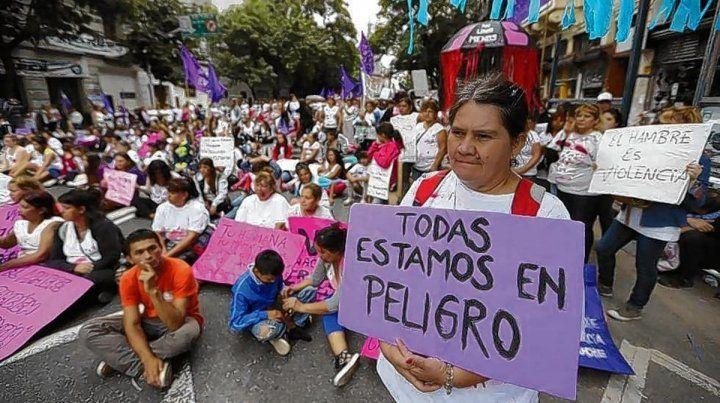 Día de la Mujer en Argentina: con la conquista de la IVE y la problemática del femicidio