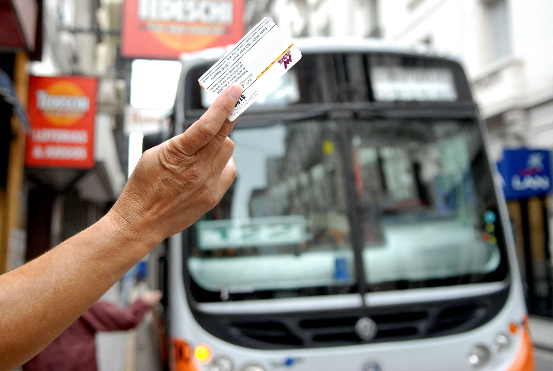 Ultimo intento por subsidios para amortiguar la suba del boleto