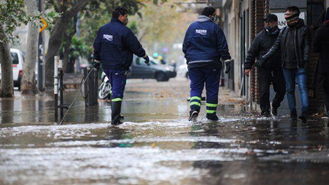 Anunciaron un corte del suministro de agua en Rosario, Villa Gobernador Gálvez y Funes