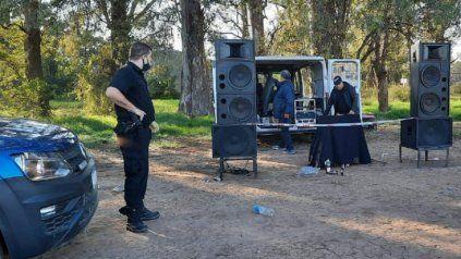 Desbarataron un fiesta clandestina a 34 kilómetros de Rosario